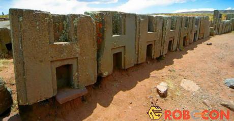 Những khối đá được chạm khắc tỉ mỉ khiến nhiều người ngạc nhiên